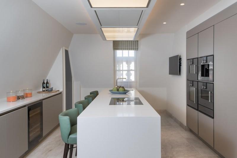 14CP_Penthouse_Kitchen_L_HR
